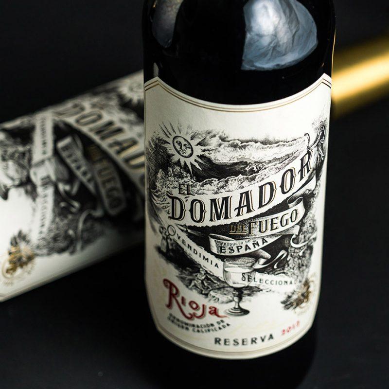 El Domador bottle close up