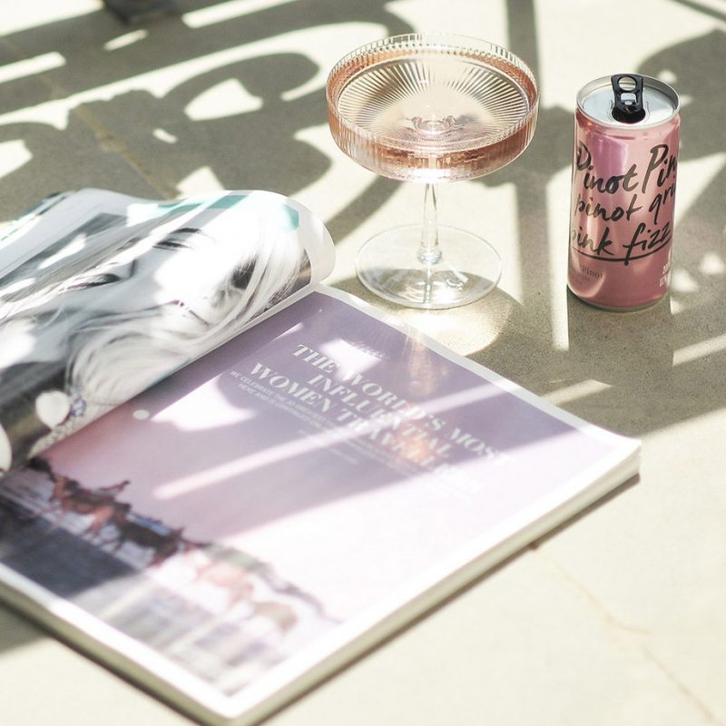 PinotPinot image with a magazine and coup